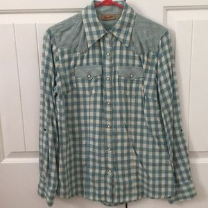 Button down pearl snap